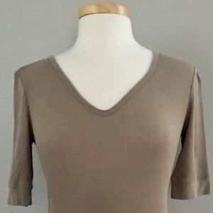 Gap Size Small Ribbed Top